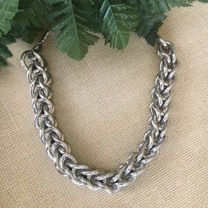 Jewelry - Silver Metal Snake Twisted Link Necklace
